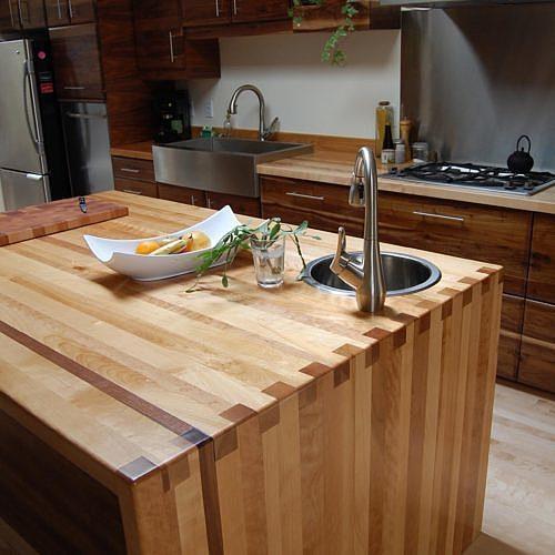 ilot-bois-massif-cuisine-mobilier-montreal