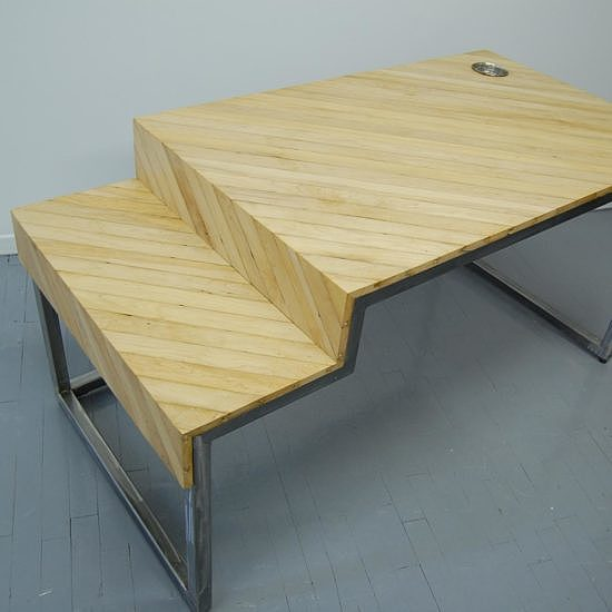 reclaimed-wood-desk-maple-furniture-Montreal