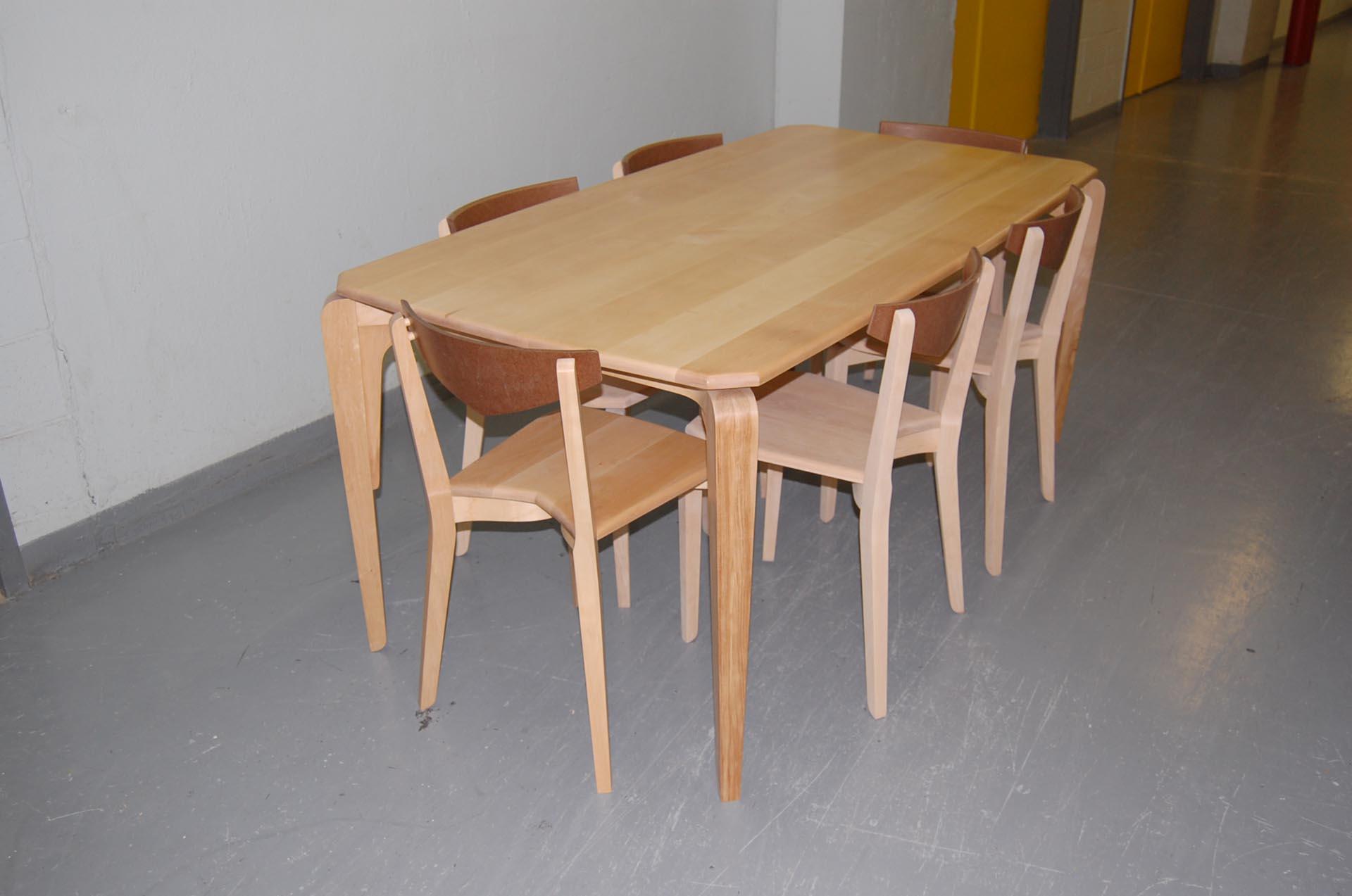table-chairs-chaises-bois-massif-mobilier-Montréal