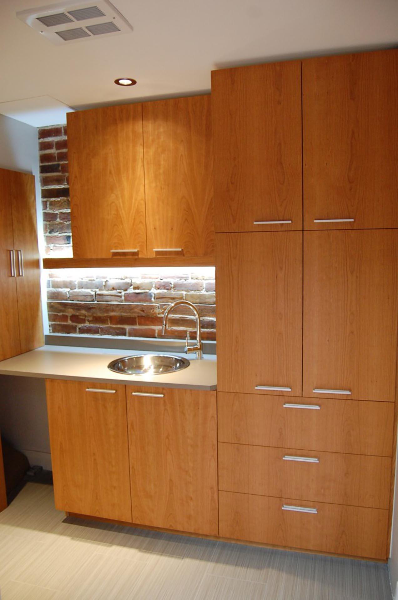 wash-room-furniture-montreal