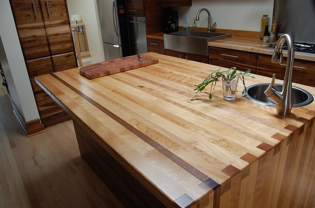 wood-kitchen-island-funiture-montreal